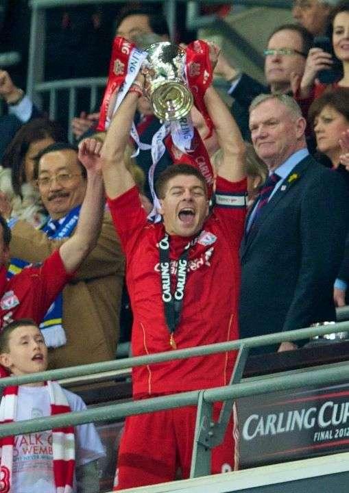 liverpool, liverpool juara carling cup 2012,