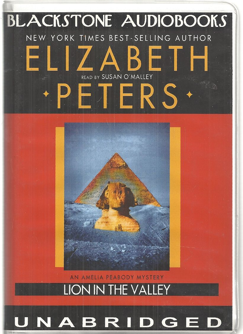Lion in the Valley (An Amelia Peabody Mystery)(Library Edition), Elizabeth Peters