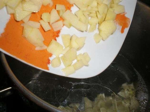 m530 - Judías blancas, con morcilla de cebolla